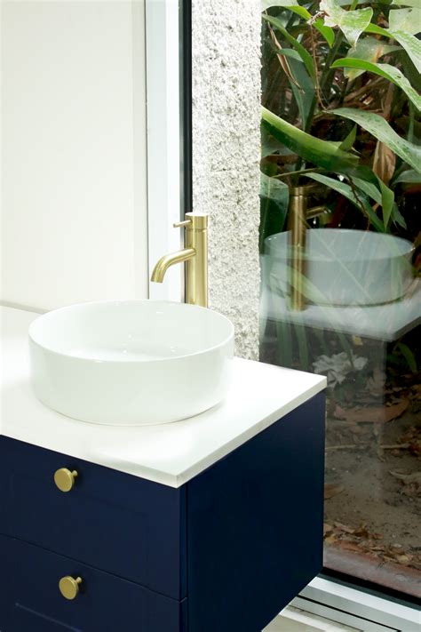 bring  colour    highgrove bathrooms