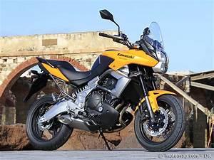 Essai Versys 650 : essai kawasaki 650 versys moto magazine leader de l actualit de la moto et du motard ~ Medecine-chirurgie-esthetiques.com Avis de Voitures