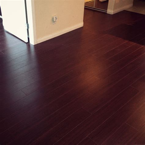 Interior Staggering Laminate Wood Flooring Ideas Red