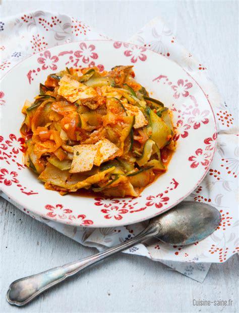 recettes de cuisine au wok recette sans gluten wok de courgettes au tofu fumé
