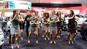 Salon De L Auto Montpellier : salon de l 39 automobile gen ve 2013 danse des h tesses sur le stand citro n youtube ~ Medecine-chirurgie-esthetiques.com Avis de Voitures