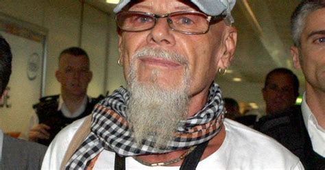 gary glitter hey song banned  american superbowl