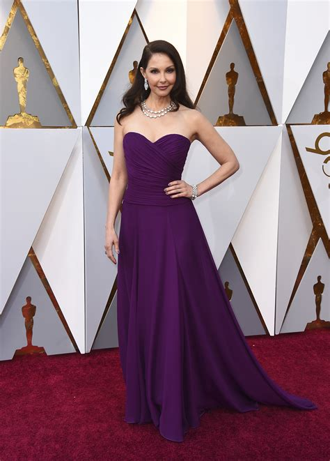 Photos Stars Arrive The Oscars Red Carpet