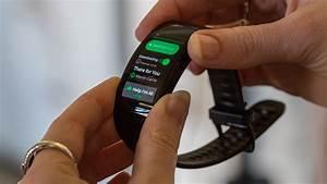 Samsung Gear Fit2 Pro Hands
