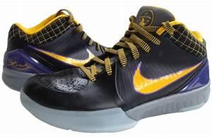 Kobe Bryant Shoes Pictures: Nike Zoom Kobe IV (4) - 2008 ...