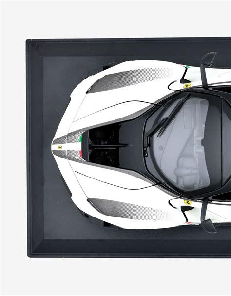 The evo will be even more exclusive. Ferrari Ferrari FXX-K EVO 1:18 scale model Unisex | Scuderia Ferrari Official Store