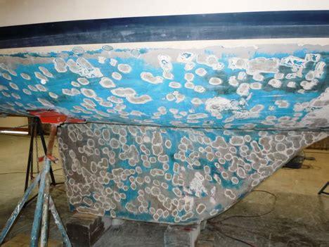 Boat Deck Gelcoat Repair by Paint Gelcoat