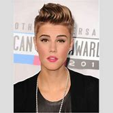 justin-bieber-dressed-as-a-woman