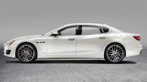 100 2017 Maserati Granturismo Sport Matte Black