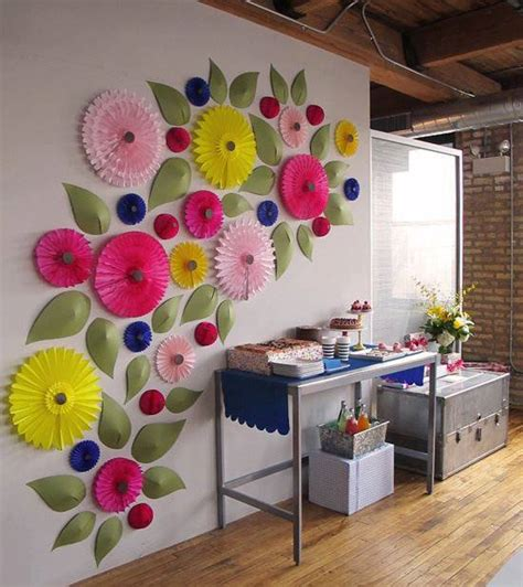 Today we are showing you a step by step tutorial on how to make an adorable paper flower wall hanging craft.#diy #wallhanging #walldecoron paper flower wall hanging. Amazing Creativity: Paper Flower Decor Inspiration