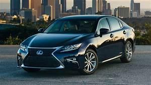 Lexus Es 300h 2018 Car Review