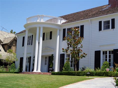 Colonial Style Homes 7 Characteristics That Make This