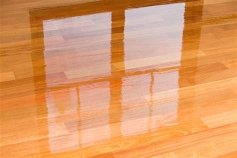 save  laminate floors  water damage