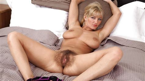 Hairy Porn Pic Hairy Ladies To Wank Over