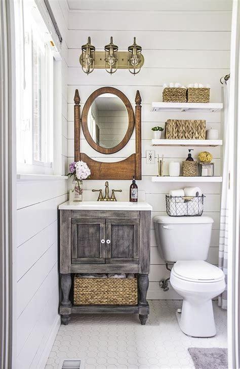 Small Country Bathroom Ideas by 25 Best Ideas About Small Country Bathrooms On