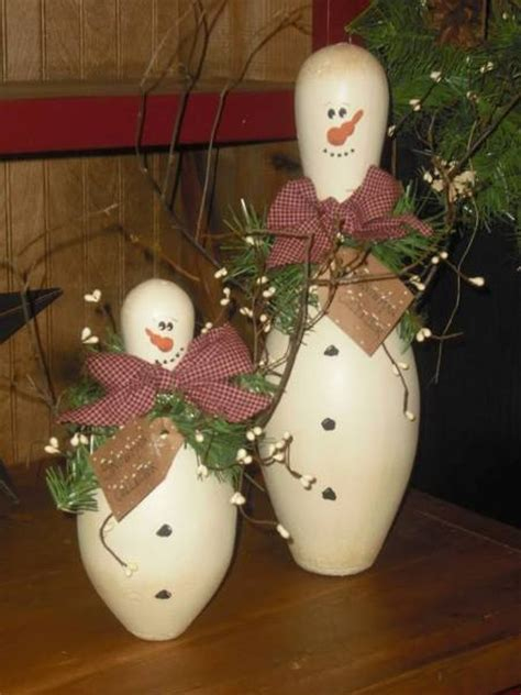 diy snowman  bowling pins find fun art projects