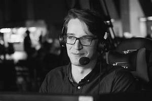 Is UK caster Sona - now known as The Medic - off to Riot ...