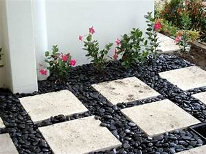 decorative stone garden decorative stones for garden With decorer son jardin avec des galets 10 decoration allee maison