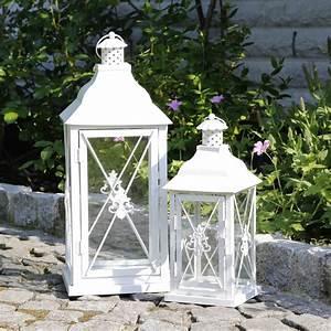 Laterne Weiß Metall : laterne ornament wei aus metall gekreuzt ~ A.2002-acura-tl-radio.info Haus und Dekorationen