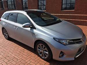 2014 Toyota Auris 18 VVTI Excel eCVT HSD Estate Cardiff City Used Cars £9000