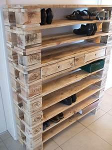Schuhschrank Aus Paletten : schuhschr nke xxl schuhregal aus paletten ein designerst ck von woodful bei dawanda deko ~ Buech-reservation.com Haus und Dekorationen