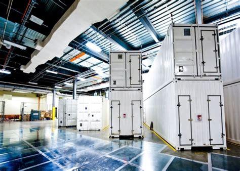 windows azures data center   worlds largest