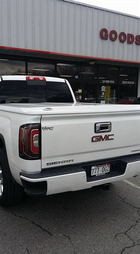 gmc bed cover 21 best images about undercover on s shock