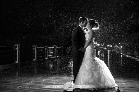 nighttime wedding photography  light wedding