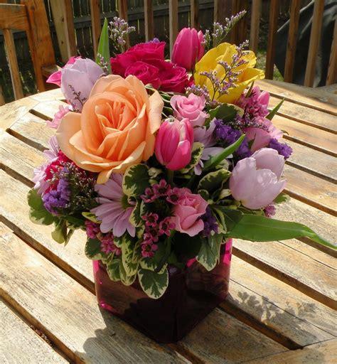 meaning    wedding anniversary flower