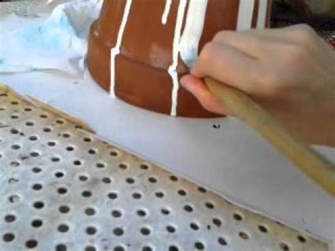dipingere vasi di terracotta ridipingere vecchi vasi di terracotta