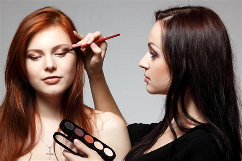 school for makeup artist qc s online makeup artist courses the the