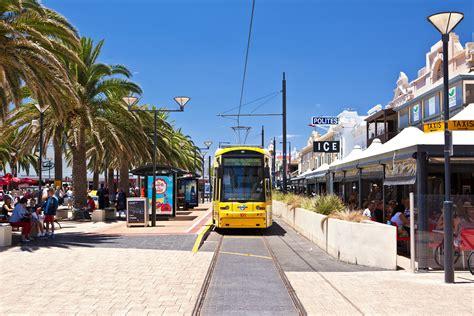 Getting around Adelaide - Tourism Australia