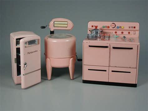 Best 20  Toy kitchen ideas on Pinterest   Diy kids kitchen