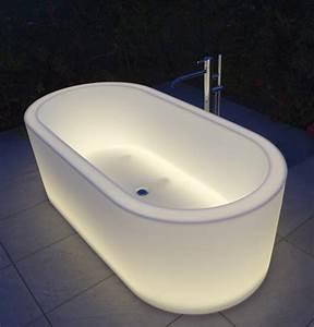 Antonio Lupi Badewanne : moderne badewannen mit led beleuchtung und innovativen ~ Michelbontemps.com Haus und Dekorationen