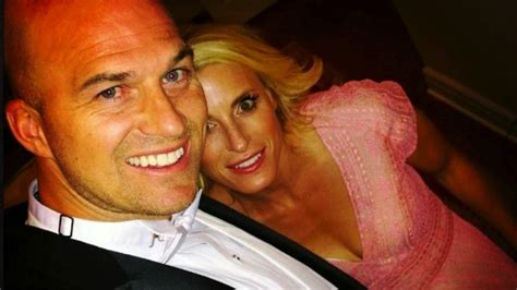 Sarah Egnaczyk Matt Hasselbecks Wife 5 Fast Facts