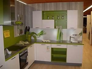 L Küche Modern : nobilia musterk che modern l k che ausstellungsk che in ellefeld von k chencenter g ltzschtal ~ Markanthonyermac.com Haus und Dekorationen