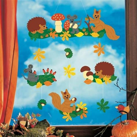 Herbstdeko Basteln Für Fenster Kostenlos by Fensterbilder Basteln 64 Diy Ideen F 252 R Stimmungsvolle