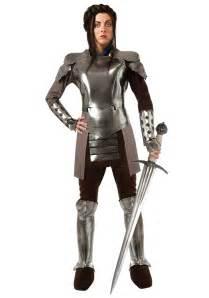 Resultado de imagen de caballero  en armadura