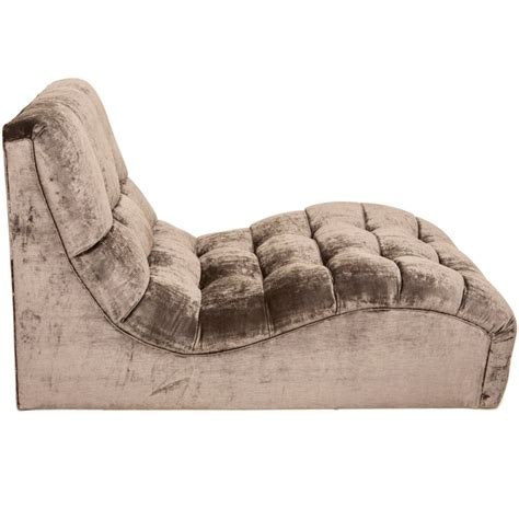 chaise longue chilienne mid century tufted velvet chaise longue for sale at 1stdibs