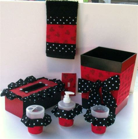 mickey and minnie bathroom accessories 1000 ideas about mickey mouse bathroom on