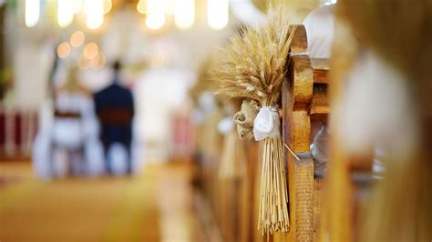 26 Simple Church Wedding Decorations And Ideas For 2020