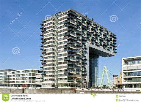 Architettura Moderna, Orizzonte Del Reno, Colonia