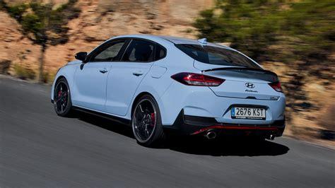 Neuer Hyundai I30 Fastback N by Hyundai I30 Fastback N 2019 Review Grown Up Hatch