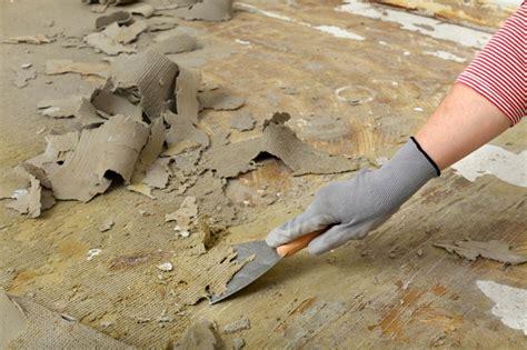 asbest dämmung erkennen asbestdach entfernen kosten dachsanierung beim altbau