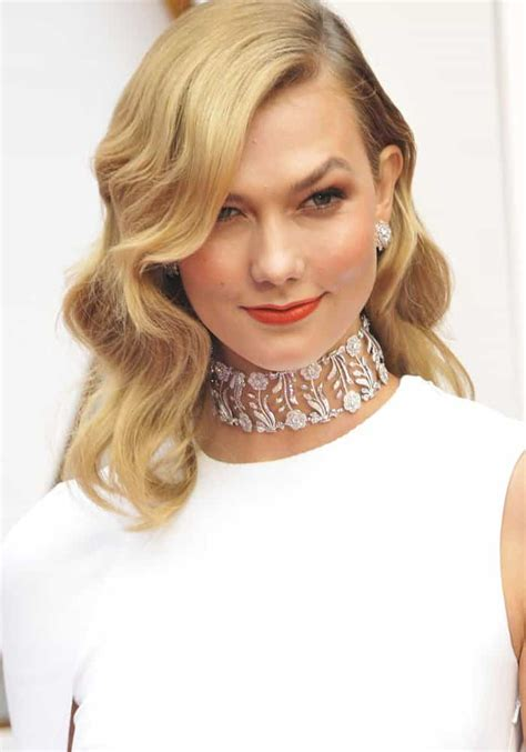 Karlie Kloss Goes Behind The Scenes Oscars Stuart