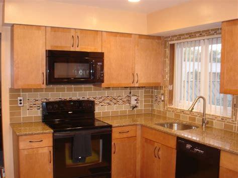 pictures of kitchen design 15 best kitchen backsplash ceramic tile images on 4209