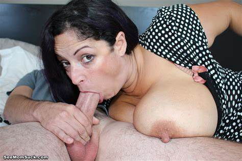 Mommy Gets Control Of Large Penis Stepmother Pleasure It At Seemomsuck