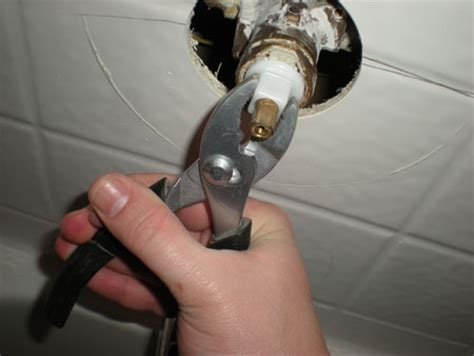 Leaking Bathtub Faucet Single Handle Delta by How To Replace A Shower Faucet Cartridge Toolmonger