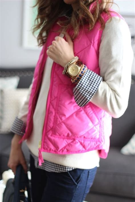 10 Outfit Ideas For Quilted Vests Blonde Mom Blog