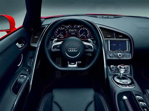 audi r8 lenkrad audi r8 das cockpit in monoposto optik das lenkrad tr 228 gt das neue r8 logo 9